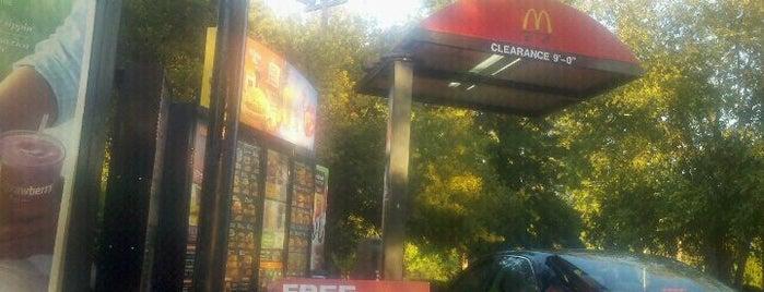 McDonald's is one of Jéfer'in Beğendiği Mekanlar.