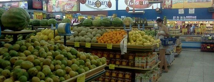 Supermercado O Zezão is one of Locais.
