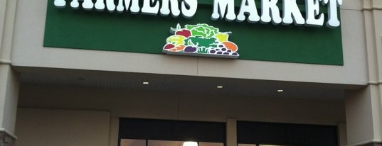 Buford Highway Farmers Market is one of Locais curtidos por Donna.