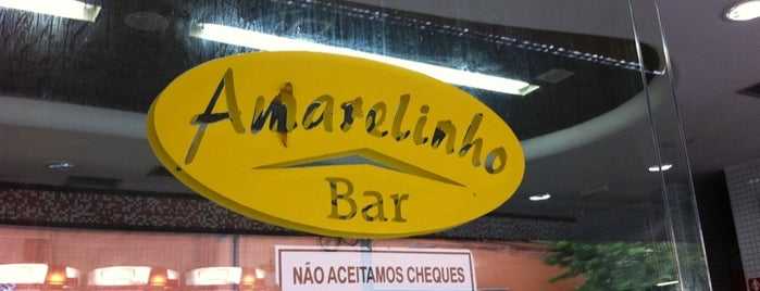 Amarelinho Bar is one of Tempat yang Disukai Sanseverini.