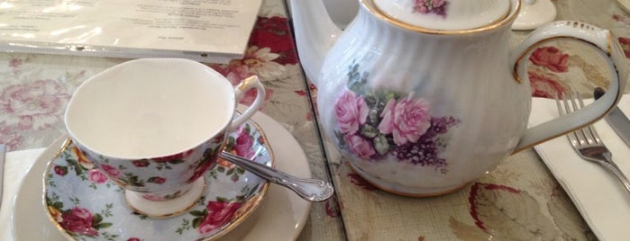 Secret Garden Tea House is one of Don't Mind Going Back.