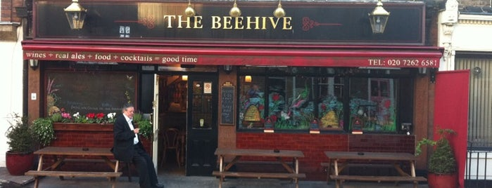 The Beehive is one of Locais curtidos por Carl.