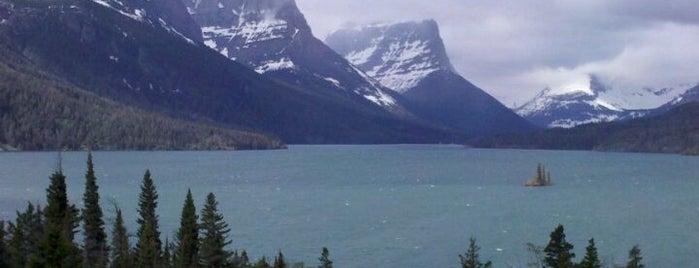Parque Nacional Glacier is one of American National Parks.