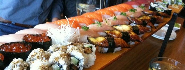 Hapa Sushi Grill and Sake Bar is one of สถานที่ที่ Stacia ถูกใจ.