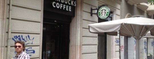 Starbucks is one of Orte, die Michael gefallen.