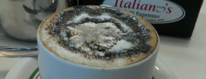 Italiano's Café Expresso is one of Shirleny 님이 좋아한 장소.