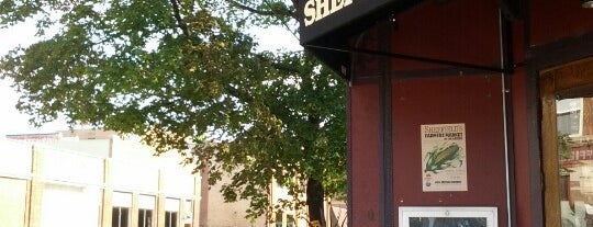 Sheffield's Beer & Wine Garden is one of Be a Local in Lakeview.