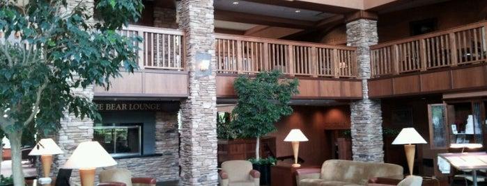 Quail Hollow Resort is one of สถานที่ที่ Joel ถูกใจ.