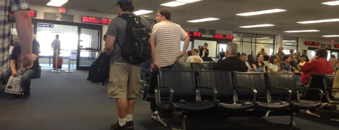 Gate B84 is one of Places With Mostly Bad Reviews.