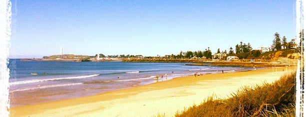 North Wollongong Beach is one of Posti che sono piaciuti a Matt.