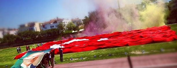 Karşıyaka Stadı is one of Fatihin sevdiği yerler.