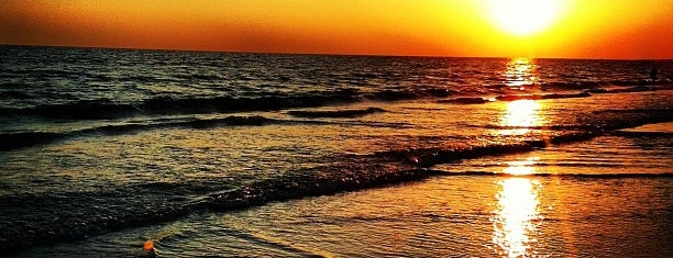 Siesta Beach is one of Florida.