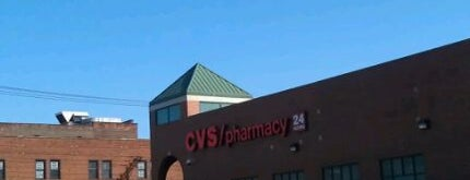 CVS pharmacy is one of Lieux qui ont plu à John.