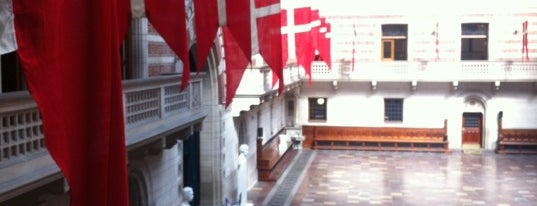 Hôtel de ville de Copenhague is one of Around The World: Europe 1.