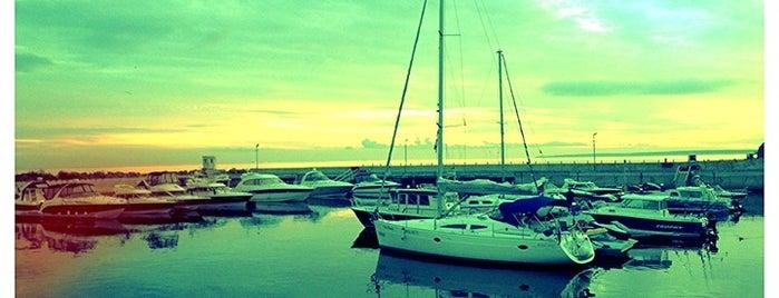 Terijoki Yacht club is one of สถานที่ที่บันทึกไว้ของ Ленка.