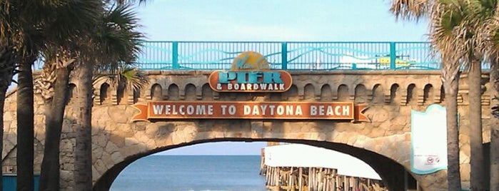 Daytona Beach Pier is one of Need to check this out!.