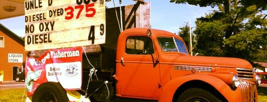 Porky's Truck Stop is one of Orte, die Dan gefallen.