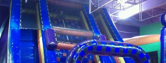 Bounce Around is one of Posti che sono piaciuti a Nicholas.