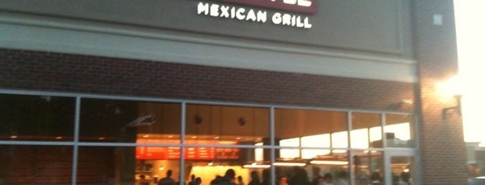 Chipotle Mexican Grill is one of Tempat yang Disukai Andrew.