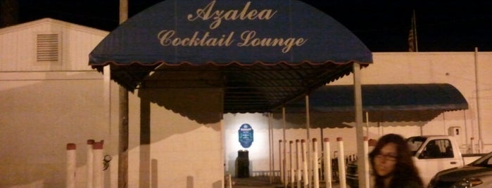 Azalea Cocktail Lounge is one of Jayさんのお気に入りスポット.