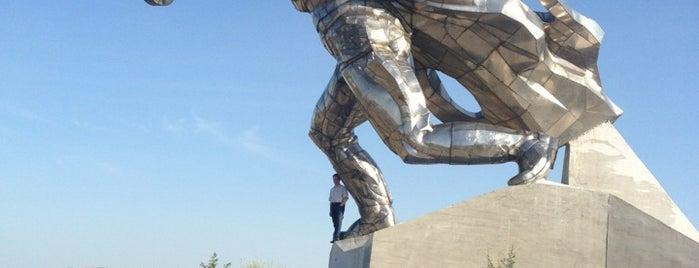 Монумент Стальному Солдату на Кургане славы is one of СтареENький Город.