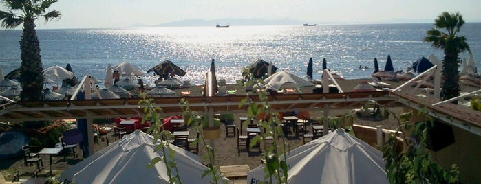 Eftalya Beach Club is one of Orte, die Hulya gefallen.