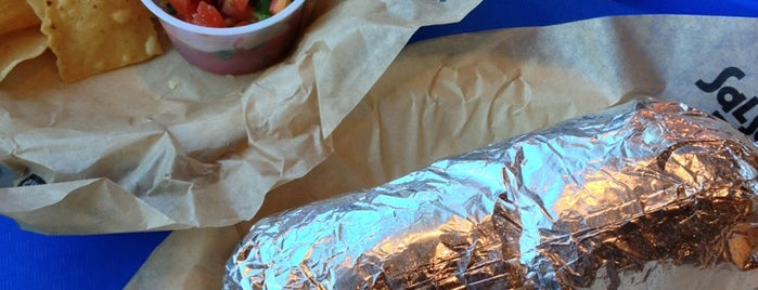 Salsarita's Fresh Mexican Grill is one of Larryさんのお気に入りスポット.