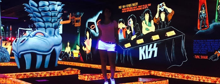 Rio KISS Monster Mini Golf is one of Loverdem in Vegas.