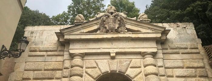 Puerta de Las Granadas is one of granada.