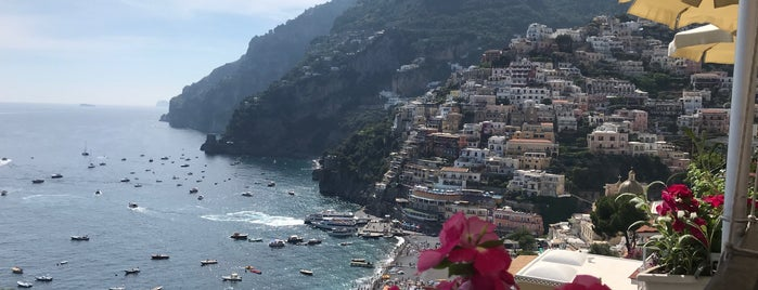 Li Galli is one of Amalfi Coast.