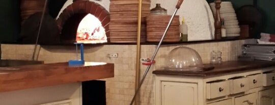 Pizzeria Trio is one of Yaşasın Yemek Yemek!.