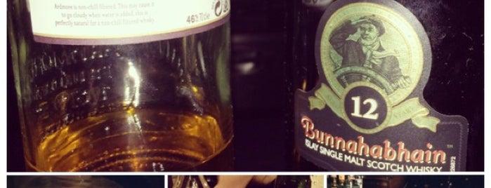 Ramblin' Rascal Tavern is one of Cin's Play & Dine- Sydney.