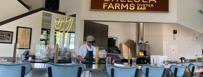 Chelsea Farms Oyster Bar is one of Lieux qui ont plu à Cusp25.