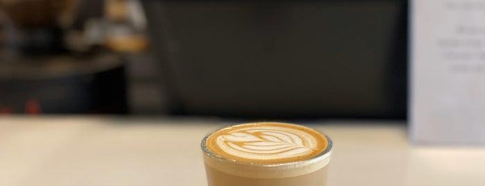 Foundation Coffee is one of Lieux qui ont plu à Rachel.