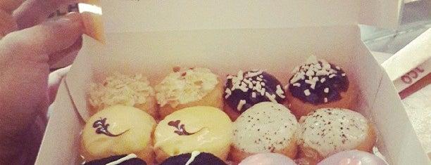 J.CO Donuts & Coffee is one of THE Z WORLD : понравившиеся места.