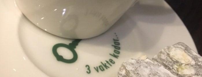 Starbucks is one of Posti che sono piaciuti a Samet.
