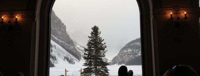 Lake Louise Ski Area & Mountain Resort is one of Before the Earth swallows me....