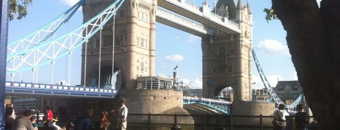 Tower Bridge Exhibition is one of Feyzaさんのお気に入りスポット.
