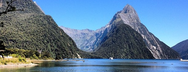 Milford Sound is one of World Heritage Sites List.