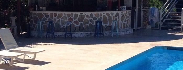 Pataros Hotel Pool Bar is one of Tempat yang Disukai Yılmaz.