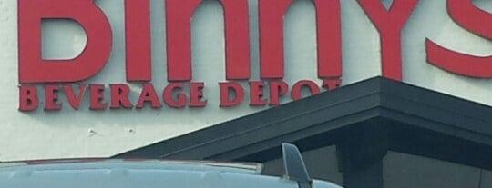 Binny's Beverage Depot is one of Chicago.