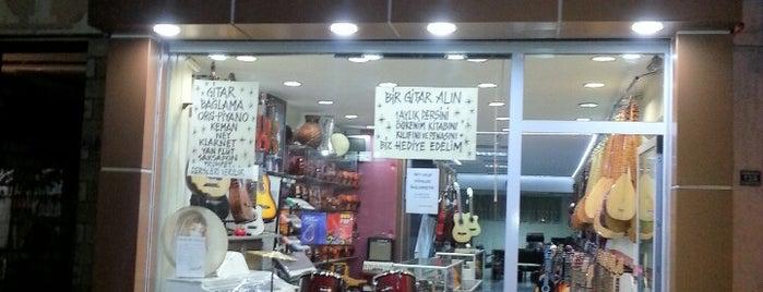 Volkan Muzik Galerisi is one of Memleket ileri marş!.