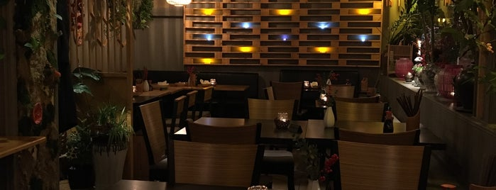 Mama Cook is one of Berlin.