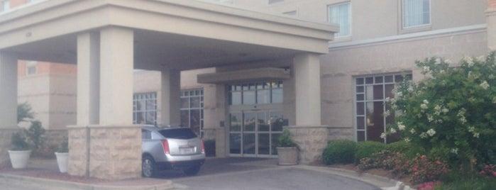 Drury Inn & Suites Montgomery is one of Mary'ın Beğendiği Mekanlar.