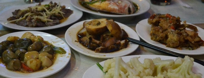 Ang Tunay Beef House is one of Le Figgy's Food Adventures.