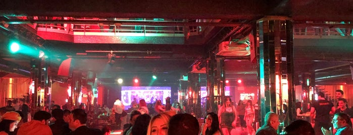 Ellips Club is one of Best places in Baku.