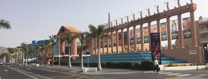Avenue de las americas is one of Joud's Liked Places.