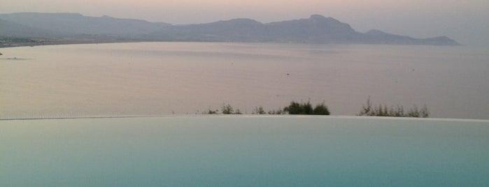 Lindos Blu Hotel is one of Yunanistan.