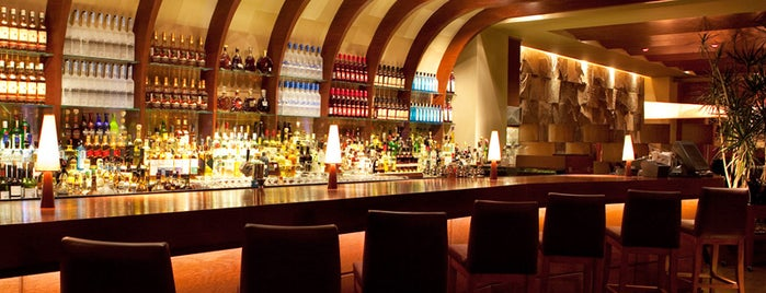 Harry's Prime Steakhouse & Raw Bar is one of Corredor Chapultepec-Reforma.