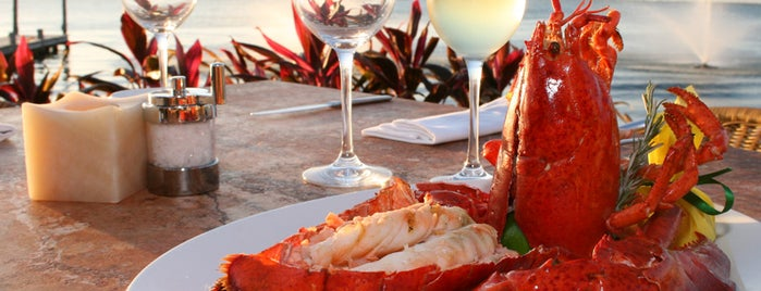 Harry's Prime Steakhouse & Raw Bar is one of Comida en Cancun.
